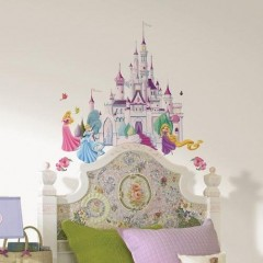 DISNEY Princess Castle - Grosses Märchenschloss, Schloss plus Prinzessinnen Wandsticker, Wandtattoo